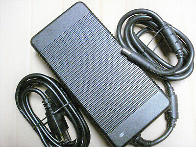 Original OEM DELL Alienware 330W AC Adapter Y90RR XM3C3 ADP-330AB DA330PM111