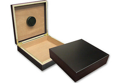Prestige Group Black Desktop Travel Cigar Humidor with Humidifier Holds 20 Cigar