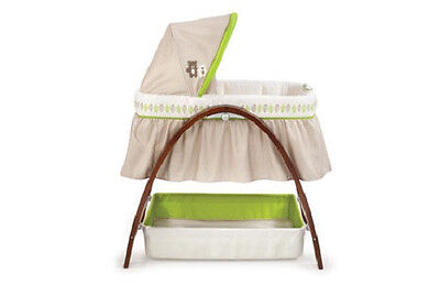 Summer Infant Bentwood Bassinet with Motion in Dark Stain Hardwood - 732312