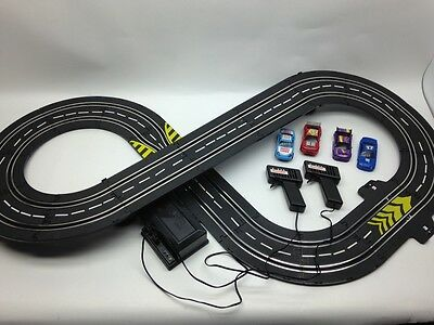 Artin Speedtrax Slot Car Set Battery Operated Tested