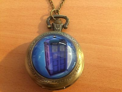 Dr Who Tardis Police Booth Quartz Watch Necklace