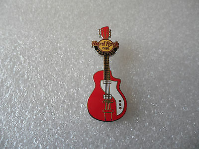Hard Rock Cafe Budapest - 4 String Red Vertical Guitar Pin