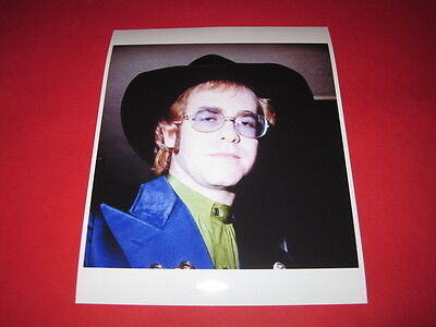 ELTON JOHN  10x8 inch lab-printed photo P/8076