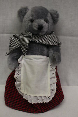 "DEANS RAG BOOK Co. Ltd. ""Welsh Lady"" Limited Ed Bear #10, 1996, Great Britain"