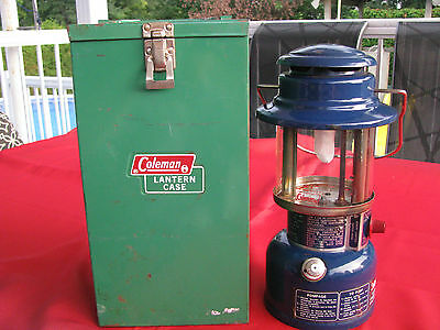 RARE BLUE Coleman model 321A Lantern Lamp Camping Gas with metal box 1973
