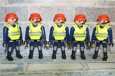 Playmobil 5 Police Figures