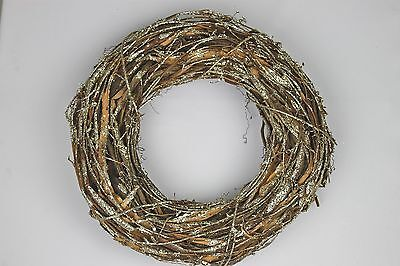 GISELA GRAHAM CHRISTMAS NATURAL TWIG WITH GLITTER DUSTING WREATH 35cm