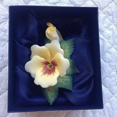 Andrea's Flowers  YELLOW PANSY Porcelain Handpainted by Sadek in  Box 913