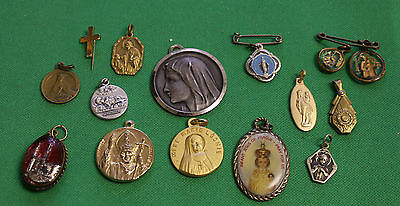 14x Vintage pendant medal great condition