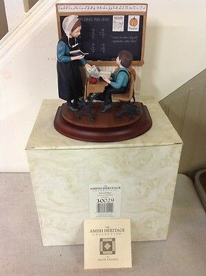 Free Shipping!! In Box!! Amish Heritage School Days-Emma and William Figurine