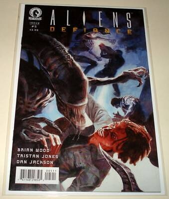 ALIENS : DEFIANCE # 5 Dark Horse Comic  Sept 2016   NM