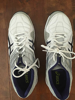 Asics Cricket Shoes US 14 W/Spikes