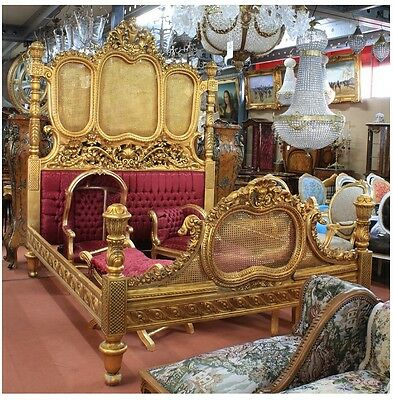 Bed - Baroque Style Gold And Red Bed