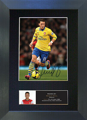 FREE DELIVERY Mesut Ozil #2 Arsenal Signed Photo A5 Mounted Print