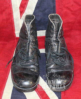 """WW2, 1944 Dated Canadian Army """"Walking Out"""" Boots   (inv 8135)"""