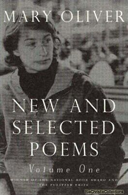 New and Selected Poems Mary Oliver New Paperback Free UK Post