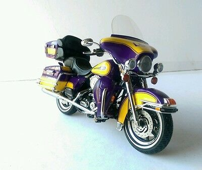 Harley-Davidson Die-cast Promotions Highway 61 Ultra Classic