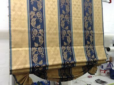 Display Roman Blind with Swag base