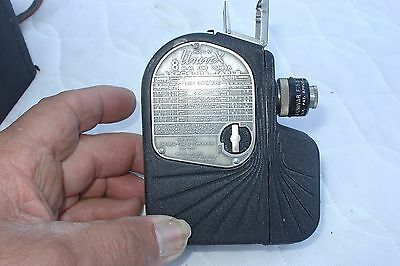 1930's 8MM MOVIE CAMERA UNIVEX model  A8  WITH CASE