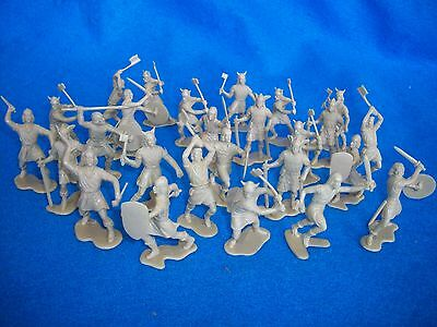 Marx Reissue 1/32nd scale Viking Toy Soldiers 25 in 9 poses