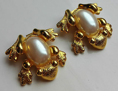 Vintage Signed Bluette Made In France Gold-Tone & Faux Pearl Frog Shoe Clips