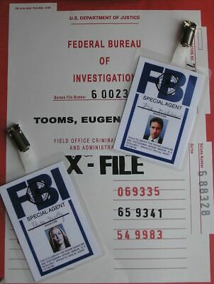 X-Files Badges identification Mulder et Scully X-Files FBI card replica lot