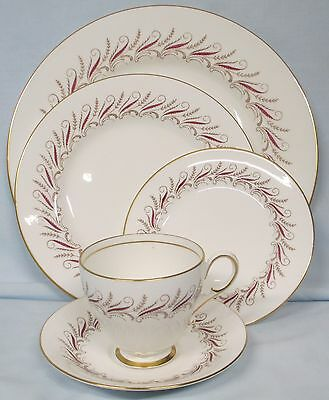 Paragon Melody 5 Piece Place Setting