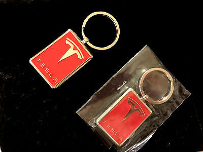 RARE SEALED! (1)  AUTH TESLA MOTORS RED w/ SILVER LOGO CAR KEY CHAIN FOB