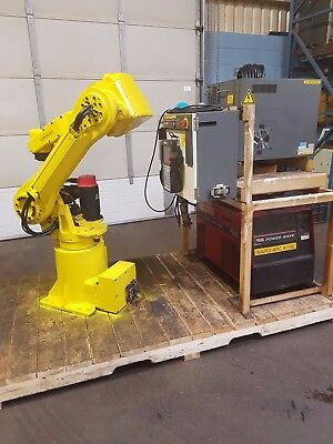 FANUC ARCMATE 120i ROBOT & RJ3 CONTROLLER - with Lincoln weld package
