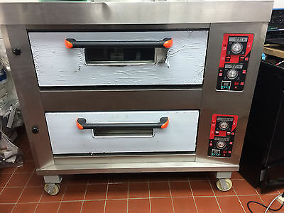 Oven double door pizza oven Natural Gas. Commercial Oven.