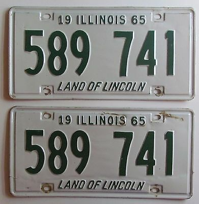 Illinois 1965 License Plate PAIR - NICE QUALITY # 589 741
