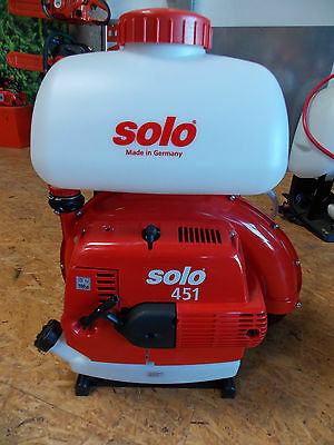 Solo Pro Sprayer Type 451 with 66,5cm 2-stroke Motor and 2,9 PS, 13 Liter Tank