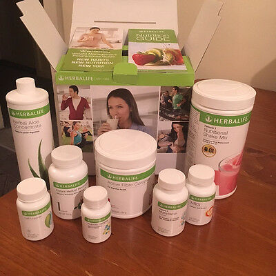 HERBALIFE ULTIMATE WEIGHT LOSS PROGRAM with F1 Shake - Berry Flavour