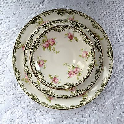 "4 Royal Crown Staffordshire Plates 5, 7 & 9"" Green/Gold Band Roses 1906-1930/984"