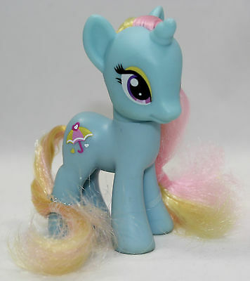 My Little Pony G4 Dewdrop Dazzle Blue with Umbrella Brushable MLP