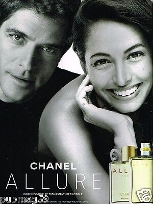 Publicité advertising 2002 Parfum Allure par Chanel