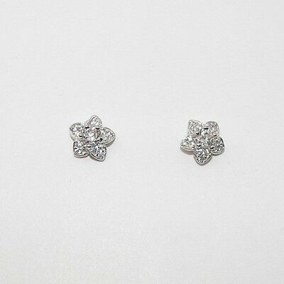 New 925 Sterling Silver Created Diamond Flower Daisy Stud Earrings Made in UK