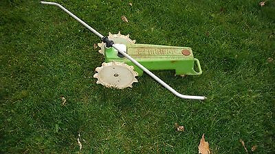 Vintage Cast Iron MELNOR Traveling Walking Lawn SPRINKLER Green Tractor