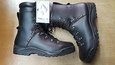 New British Army Issue Goretex Pro/Para/Cadet Prabos Sole Boots Size 13S