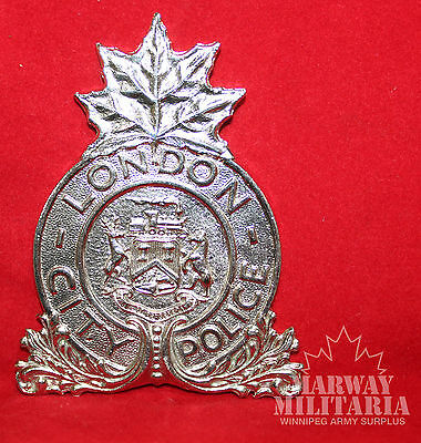 LONDON CITY POLICE Ontario Badge  (inv 8300)