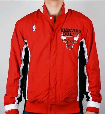 Authentic NBA Mitchell & Ness Red Chicago Bulls Vintage warm-up Jacket