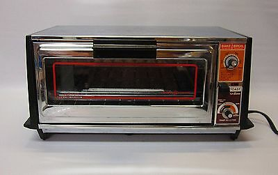 Vintage General Electric Toaster Oven Model A63126