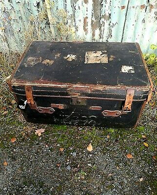 Antique steamer trunk chest trunk coffee table storage box vintage
