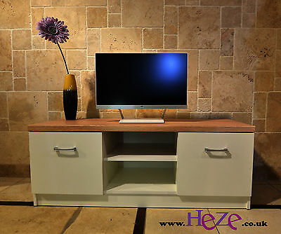High quality TV unit, TV stand white and oak sonoma, great size, modern design!