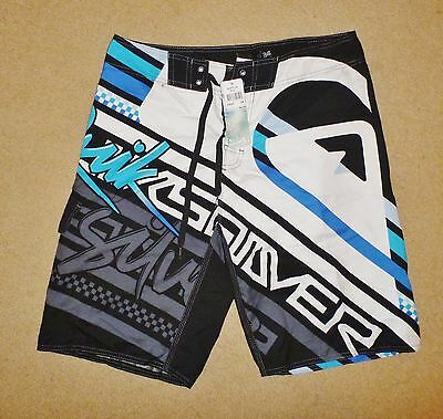 New Tagged QUIKSILVER 36 Mens Boardies Mens Board Shorts White RRP $59.99 !!