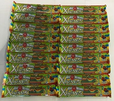 909577 18 x 57g PACKETS OF AIRHEADS XTREMES SWEETLY SOUR CANDY - RAINBOW BERRY