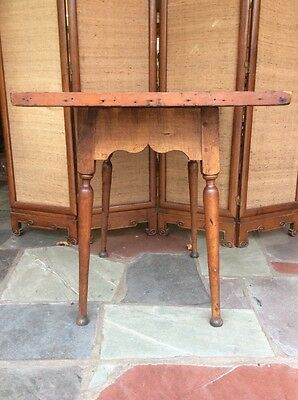 Late 18th century New England Tavern Tray Top Table Splayed Leg Button Foot