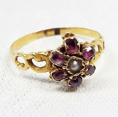 Antique / Victorian 15ct Gold Amethyst & Seed Pearl Daisy Flower Ring / Size P