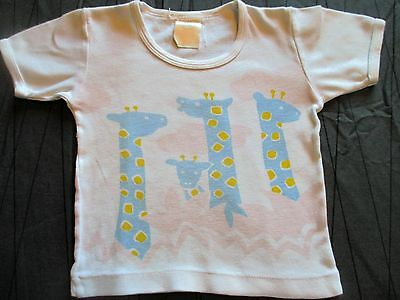 Vintage cute C & A baby  t-shirt  Giraffe pattern Age   18-24 months