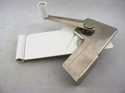 Collectible Vintage Kitchen Tool: Can Opener Swing A Way HINGE DESIGN